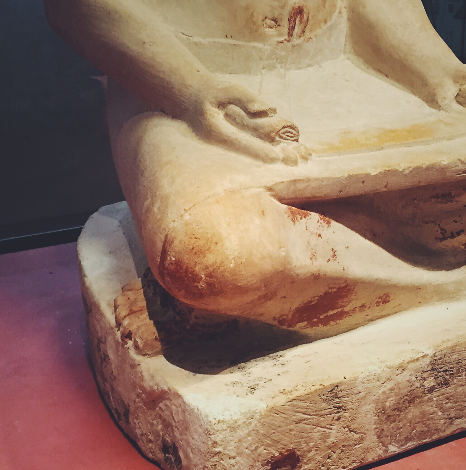 Sculpture of a scribe's lap, Louvre